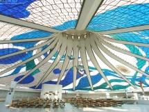 Vista interna da catedral de Brasília