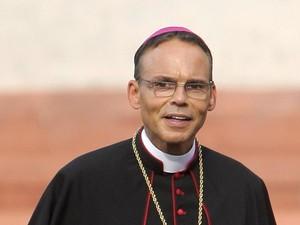 O bispo alemão Franz-Peter Tebartz-van Elst em 30 de agosto na catedral de Limburg (Foto: AFP)