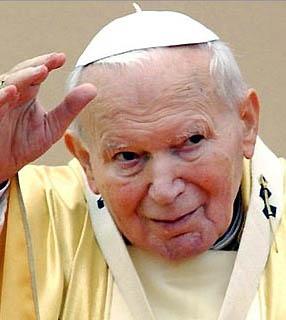 João Paulo II faleceu aos 84 anos e foi beatificado seis anos após sua morte