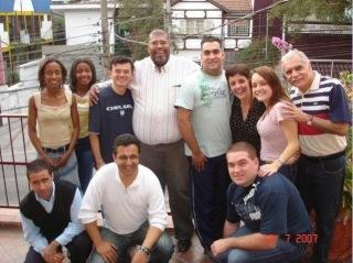 Pastor Adenilton Turquete se converte à Igreja Católica após 20 anos em igrejas evangélicas