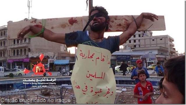 cristo crucificado no iraque-web
